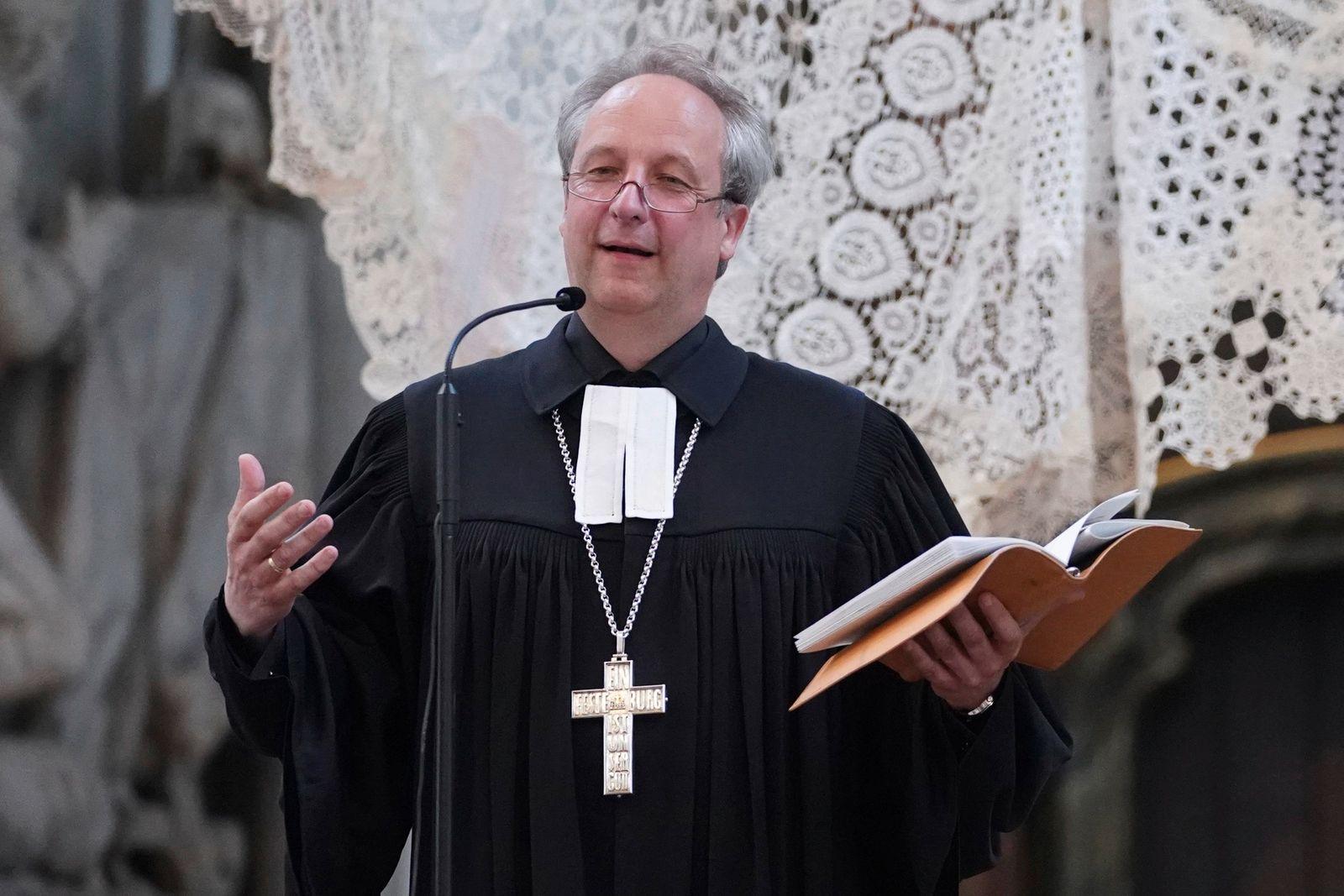 Bischof entschuldigt sich bei sexuellen Minderheiten