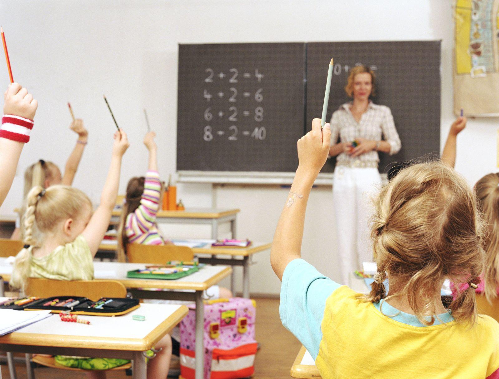 EINMALIGE VERWENDUNG Schüler/ Mathe-Unterricht