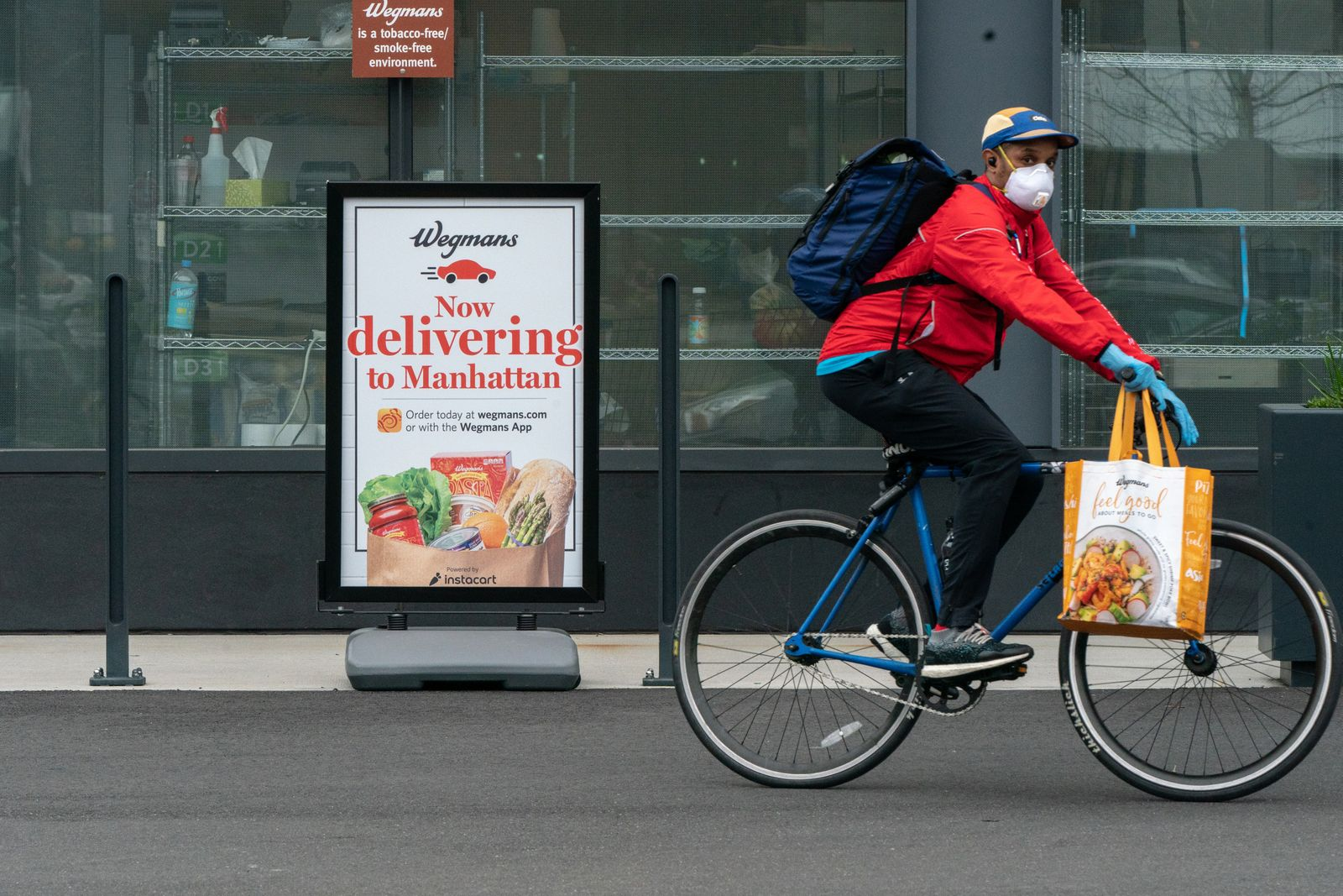 Wegmans grocery store in Brooklyn offers delivery during the coronavirus pandemic, March 30, 2020. (Jeenah Moon/The New York Times)