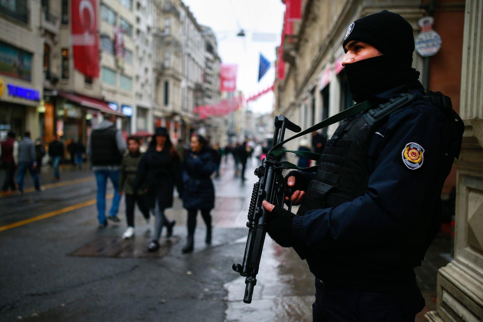 Istanbul Türkei Polizei Symbolbild