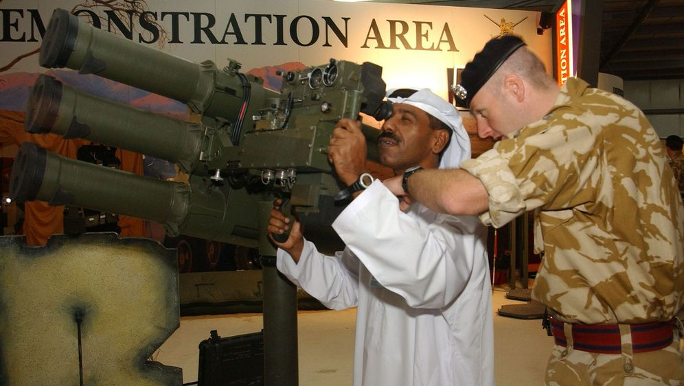 Photo Gallery: Injecting the West's Weapon into the Arab World