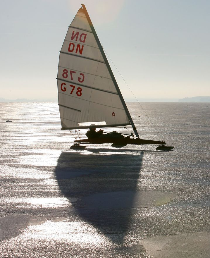 Eissegler auf der Müritz (Mecklenburgische Seenplatte): Eigentlich auch im Winter ein Ziel