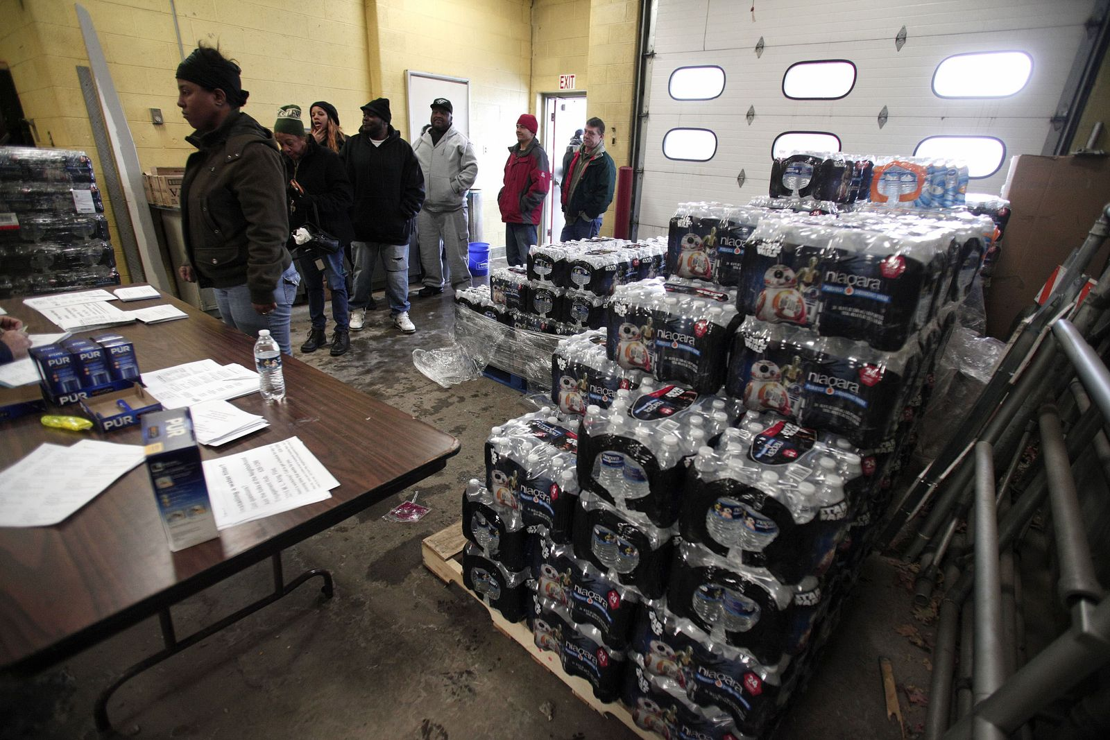 US-MICHIGAN-NATIONAL-GUARD-TO-HELP-FLINT-WITH-LEAD-CONTAMINATION