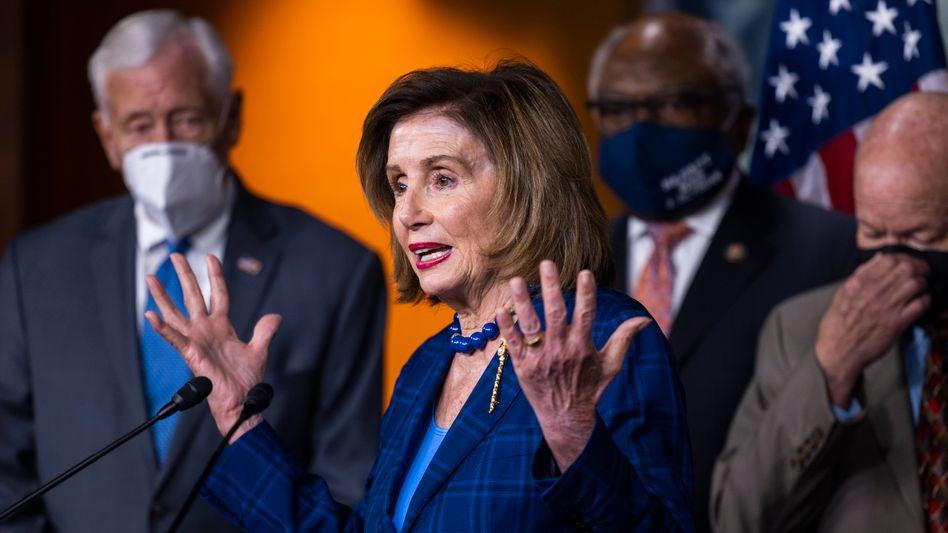 Vorsitzende des Repräsentantenhauses Nancy Pelosi: »Das amerikanische Volk verdient es, die Fakten zu kennen«