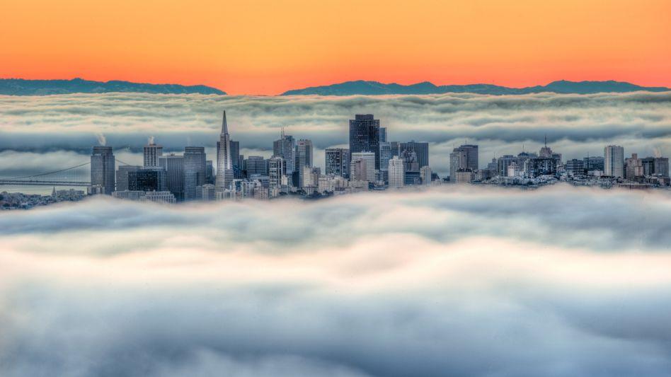 Frühnebel über San Francisco