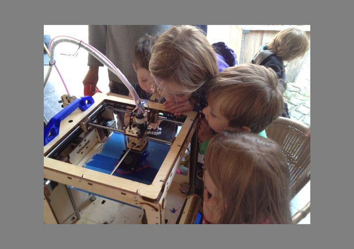 Nachwuchs-Bastler: Einfach dem 3-D-Drucker beim Arbeiten zusehen