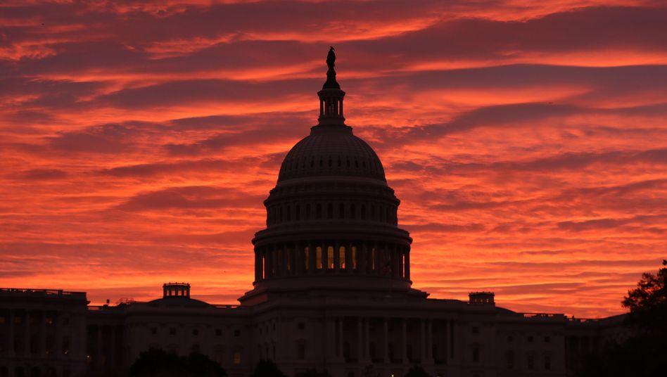 """Das Kapitol in Washington: Laut den US-Demokraten gibt es """"überwältigende Beweise"""" dafür, """"dass der Präsident das Land betrogen hat"""""""