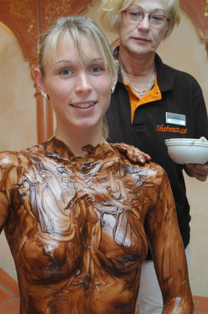 """Äußerst heiß"", so Dirk Bach über dieses Foto, ""all die Schokolade!"""
