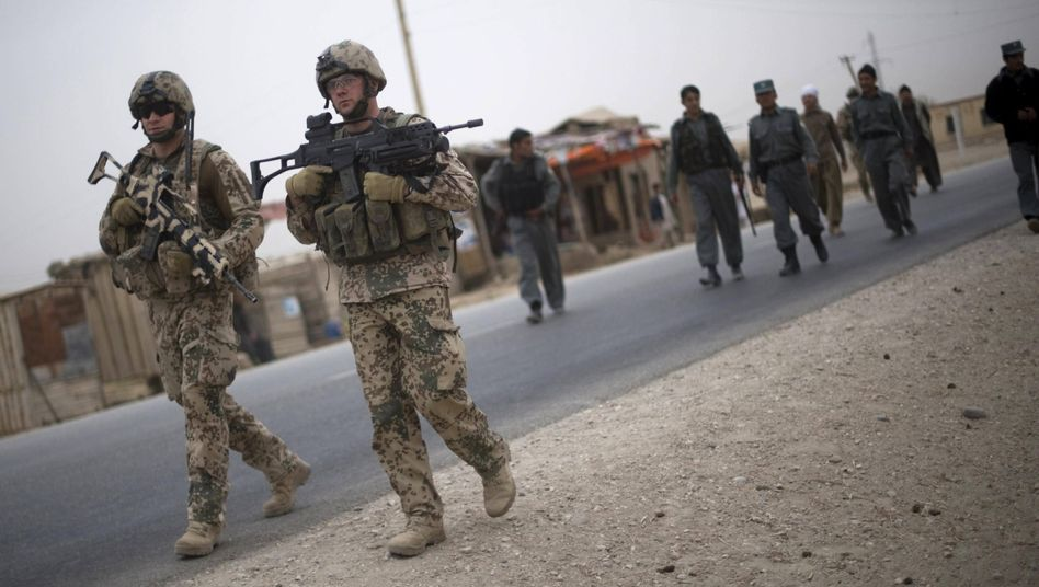 Deutsche Soldaten in Afghanistan: Bundeswehrverband fordert mehr Solidarität