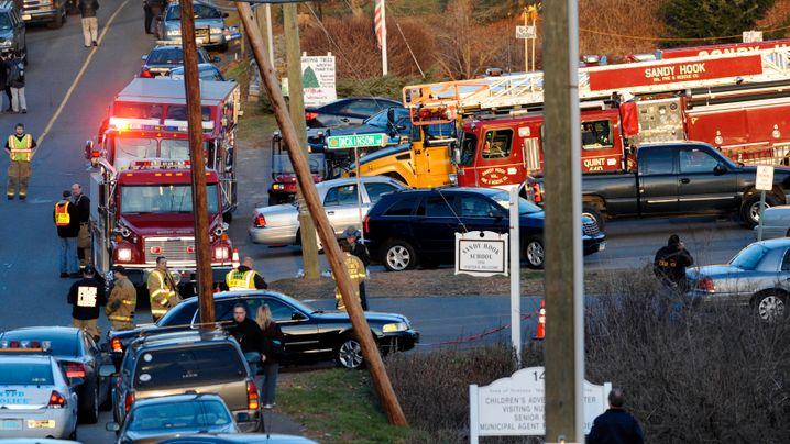 Schießerei in Connecticut: Bluttat an der Sandy-Hook-Grundschule