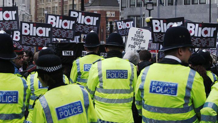 "Irak-Untersuchung: Proteste gegen den ""Bliar"""