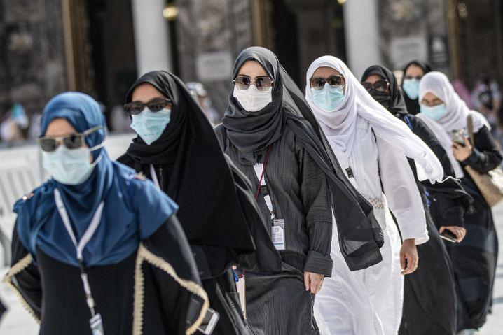 Vergangenes Jahr strömten noch mehr al 19 Millionen Muslime aus aller Welt zur Umrah nach Mekka