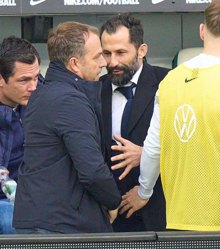 Ein Bild sagt mehr als tausend Worte: Hansi Flick und Hasan Salihamidžić verstehen sich nicht