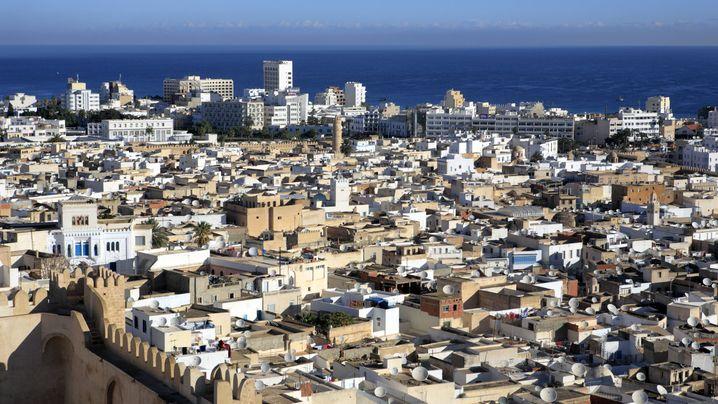 Terror in Tunesien: Unbekannte Täter greifen Hotels in Sousse an