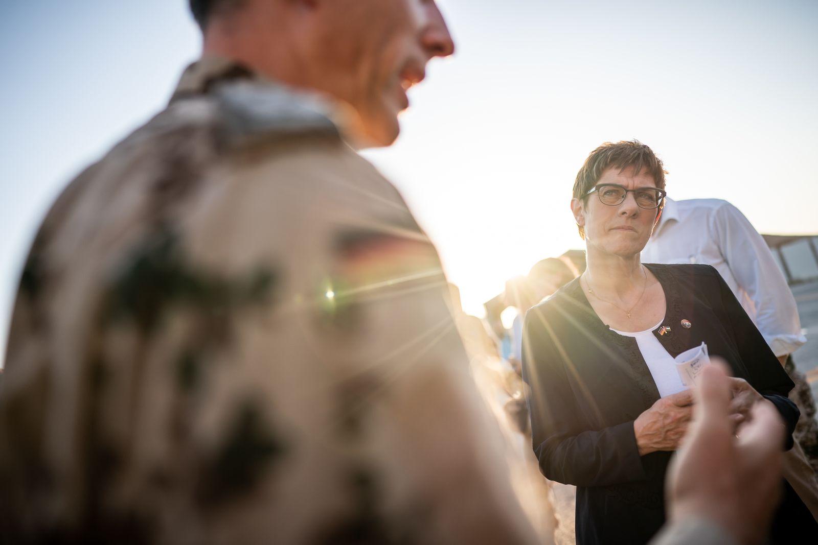 Annegret Kramp-Karrenbauer in Jordanien