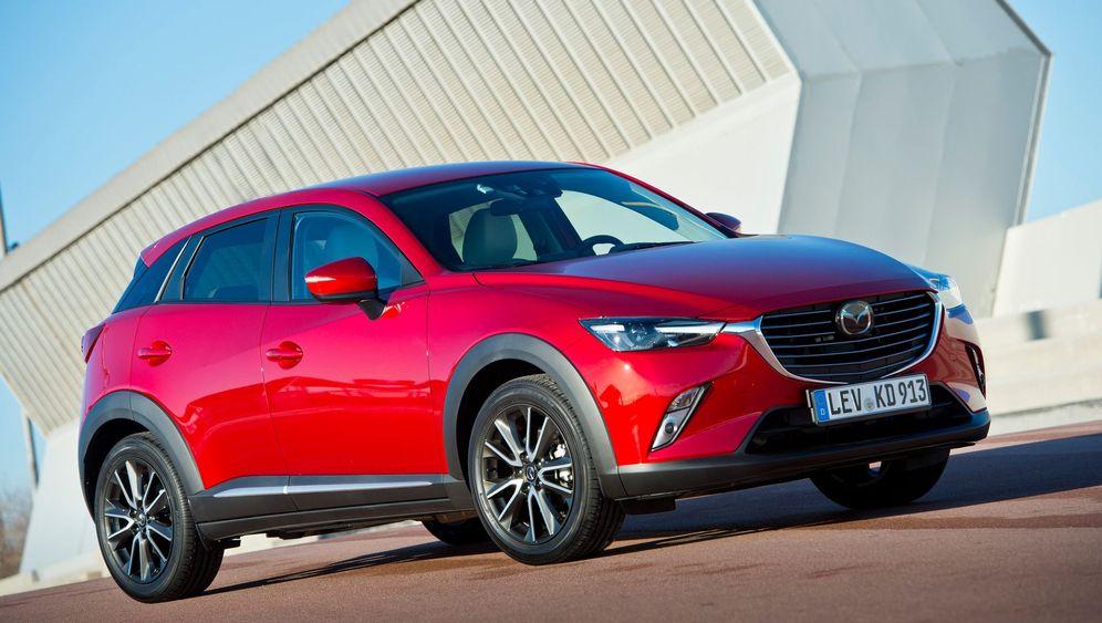Autogramm Mazda CX-3: Mehr Schein als klein