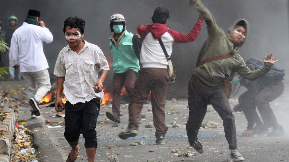 Nach den Wahlen ist es in Indonesien zu gewaltsamen Protesten gekommen