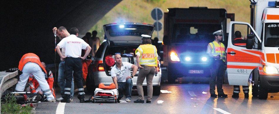Notarzteinsatz bei Motorradunfall: Infusionen mit HES fehlen in keinem Rettungswagen, in keinem OP, auf keiner Intensivstation