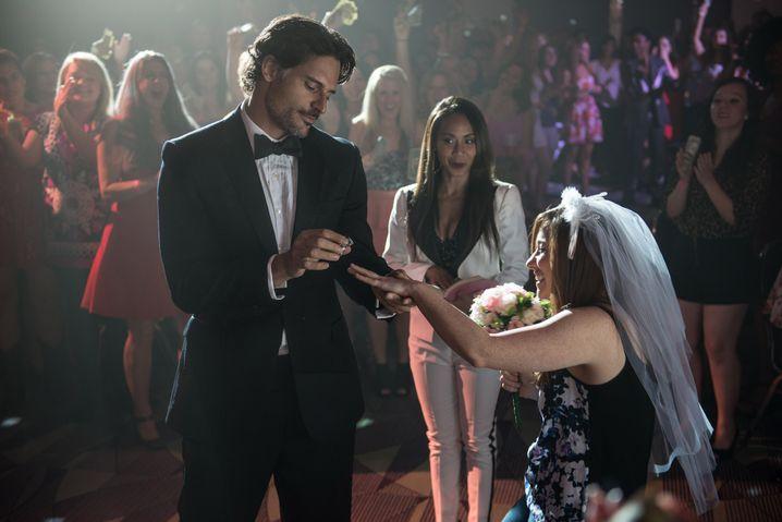 Spiel mit den Klischees: Auf der Stripper-Convention inszeniert Richie (Joe Manganiello) für eine Zuschauerin eine Hochzeit