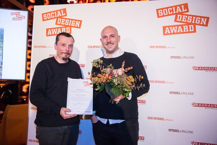 Publikumspreisgewinner: Franz Klein-Wiele (l.) und Thomas Schaplik von der Peter Behrens School of Arts