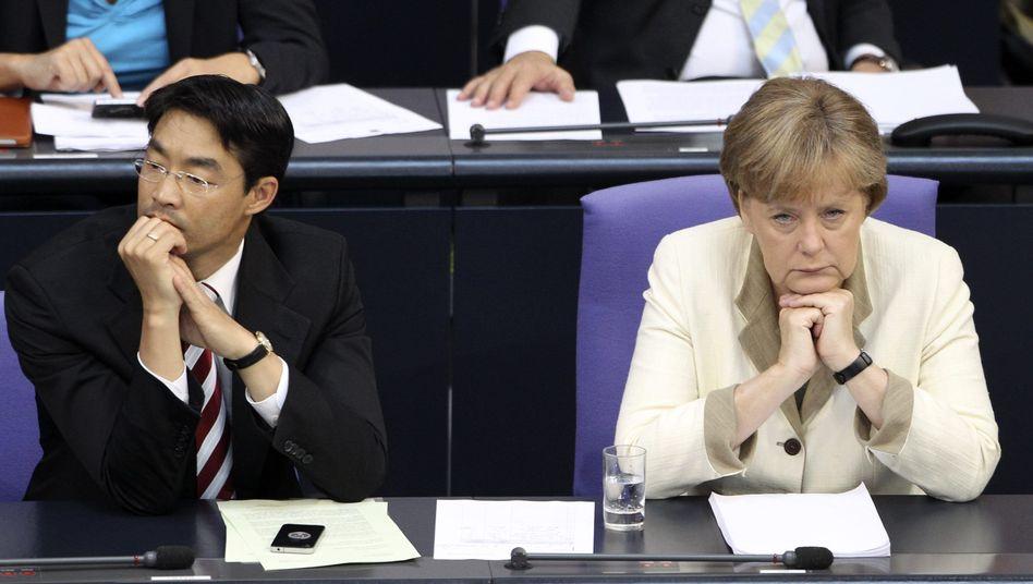 "FDP-Chef Rösler, Merkel: ""Steuerentlastung noch in dieser Legislaturperiode"""