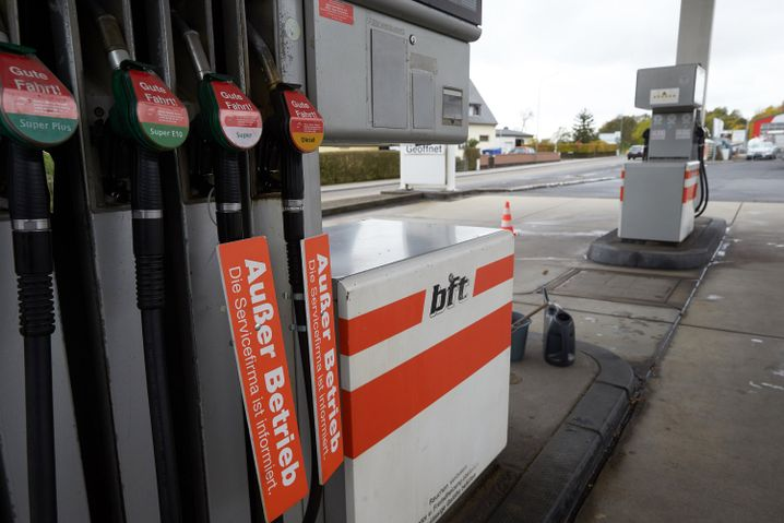 Tankstelle ohne Benzin (in Rheinland-Pfalz)