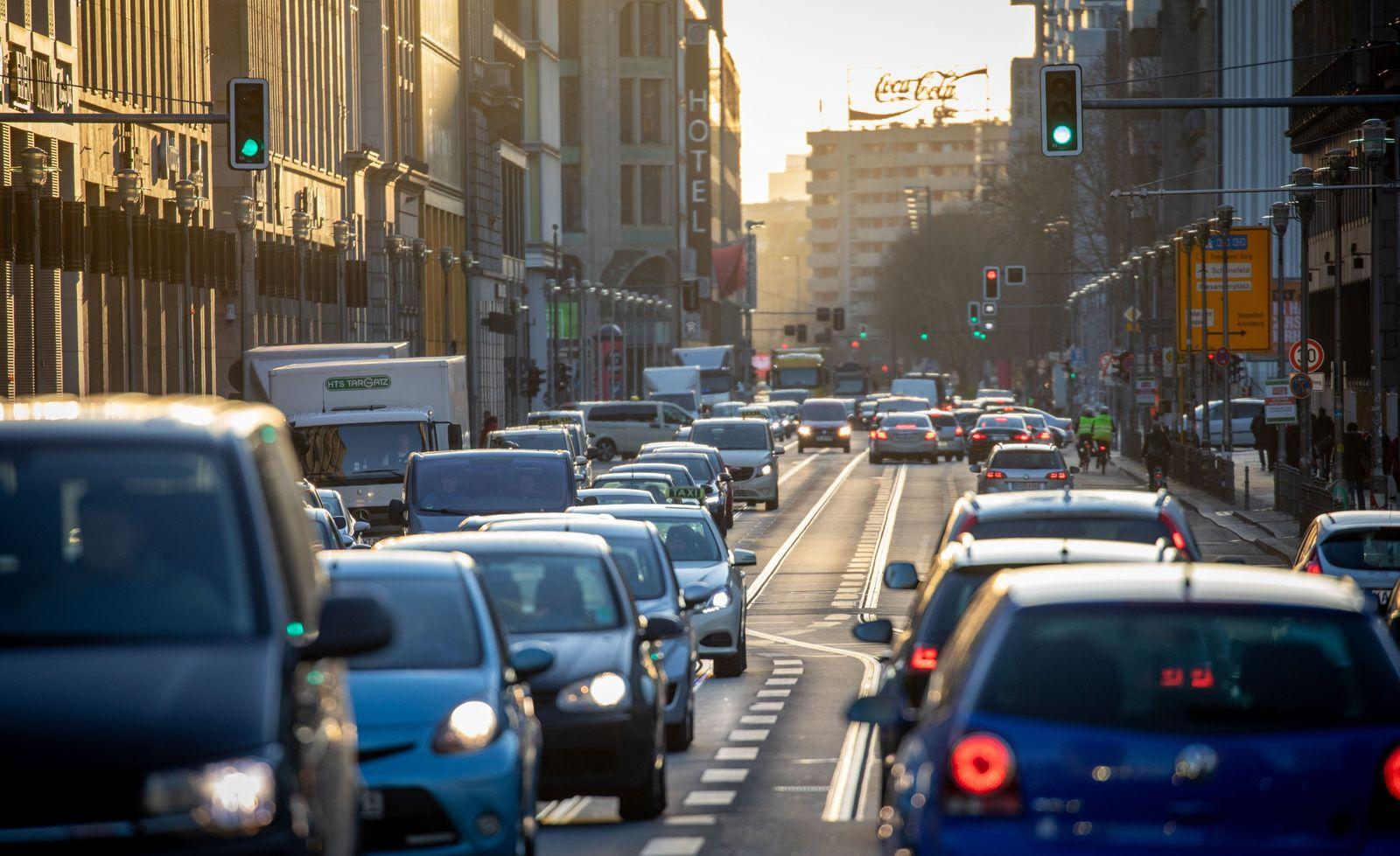 Autoverkehr in der Innenstadt