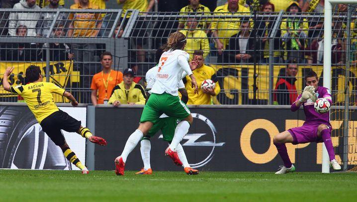 Siege für Dortmund und Augsburg: Mit drei Treffern nach Europa
