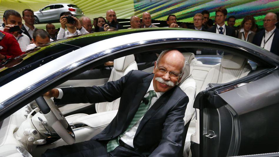 Daimler-Chef Zetsche auf IAA in Frankfurt: 100.000 Euro mehr als 2012