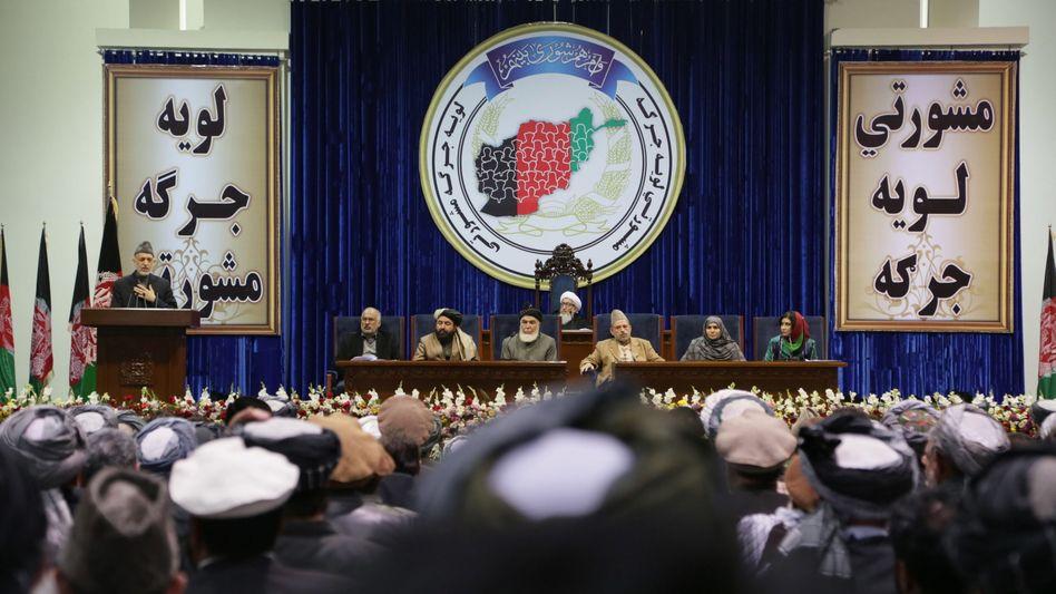 Streit um Truppenabzug: Afghanistans Ratsversammlung stimmt für US-Sicherheitsabkommen