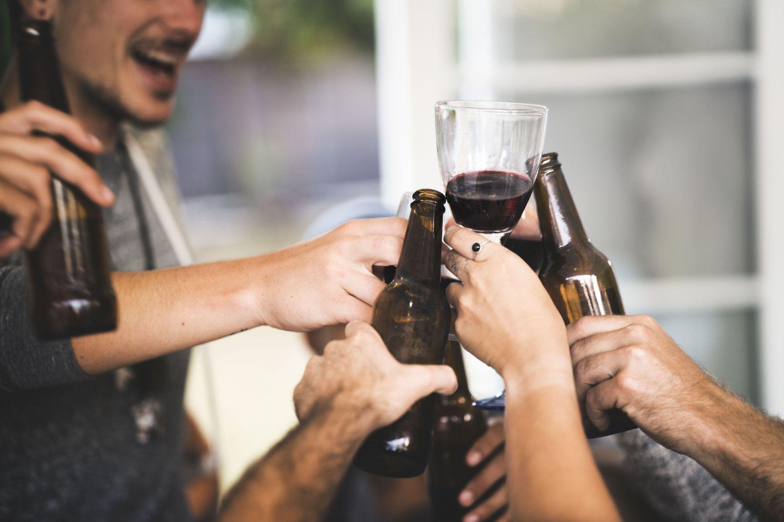EINMALIGE VERWENDUNG Alkohol/ Sucht/ Deutschland
