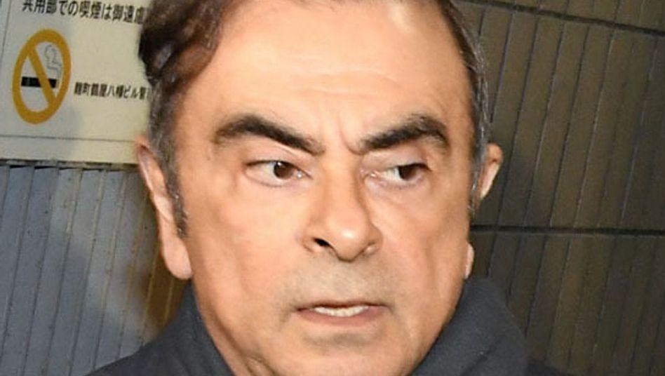 Carlos Ghosn nach seiner ersten Freilassung (Archiv)