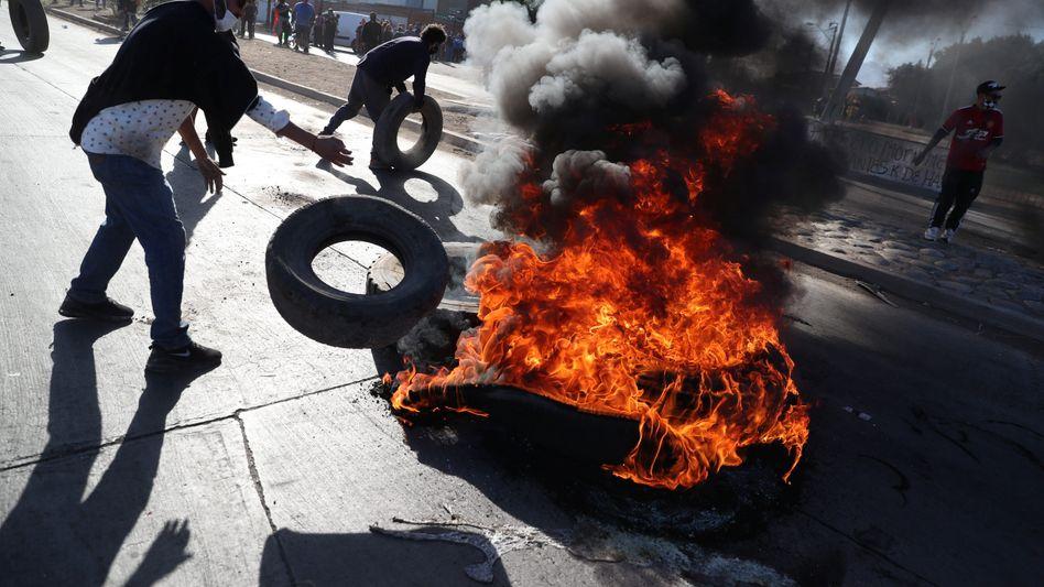 """Straßenproteste in Puente Alto: """"Die Wut auf das System wird sich immer stärker entladen"""""""