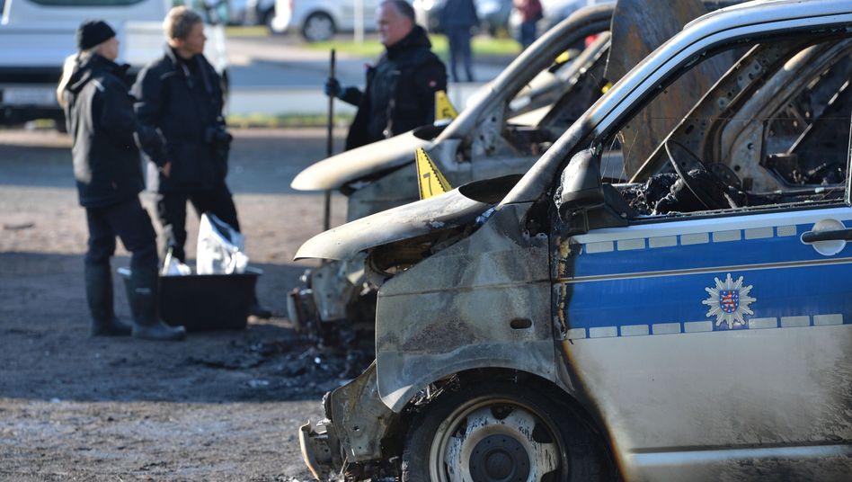 """Ausgebrannte Polizeifahrzeuge in Erfurt: """"Teilweise hemmungslos"""""""