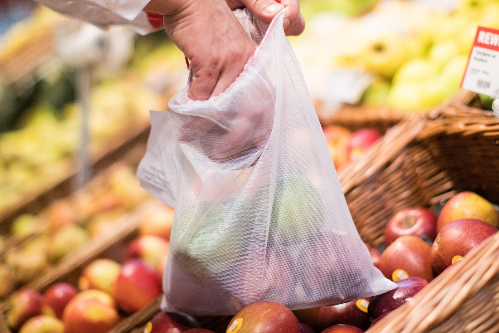 Supermarkt / Plastik / Verpackung