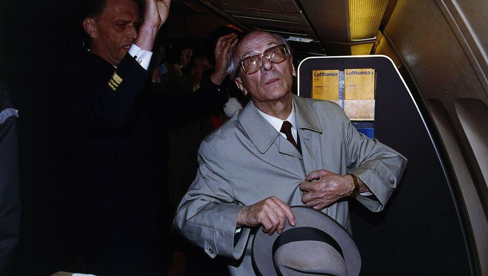 Honeckers Haftentlassung: Letzte Ausfahrt Chile