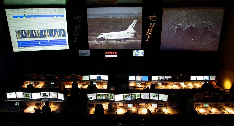 Deutsches Raumfahrt-Kontrollzentrum Oberpfaffenhofen: Präzise Bilder für die Dienste