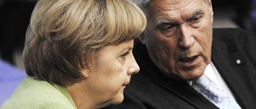 Merkel und Glos: Der Minister soll im Amt bleiben