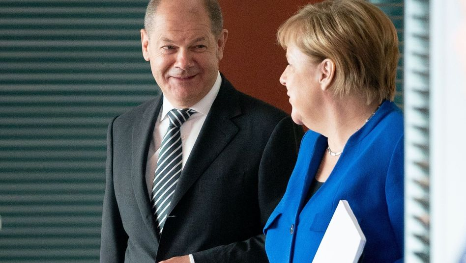 Vizekanzler Olaf Scholz (SPD), Kanzlerin Angela Merkel (CDU): Koalitionsausschuss vertagt