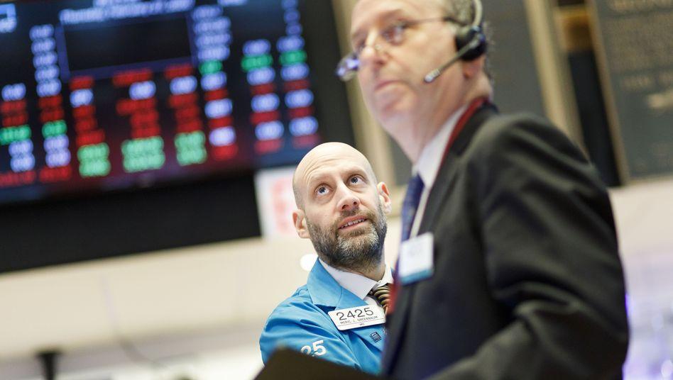 Händler an der Wall Street: Der Dow Jones hat seit Wochenbeginn neun Prozent eingebüßt
