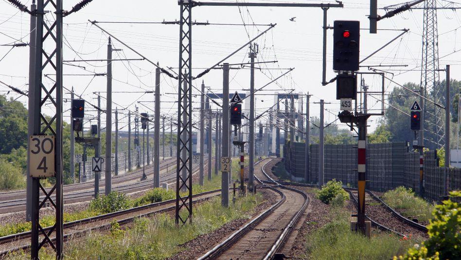 Paradies für Metalldiebe: Die Oberleitungen der Bahn sind wertvoll