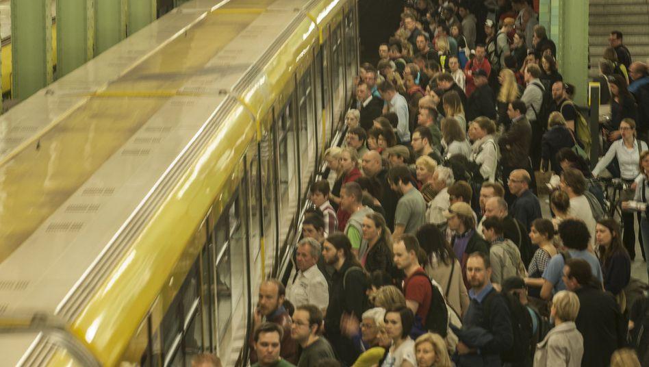 U-Bahnhof Alexanderplatz: 33.723 Fahrten ohne Fahrschein