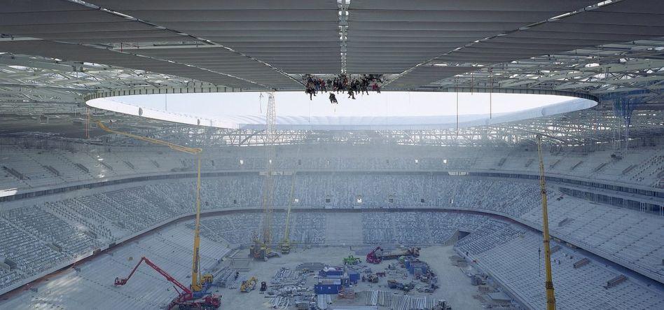 Baustelle Allianz Arena in München 2005: Subunternehmen eines Subunternehmens