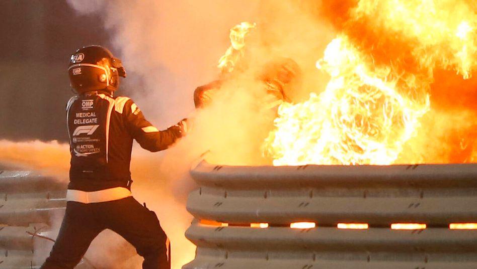 Romain Grosjean rettet sich selbst aus den Flammen