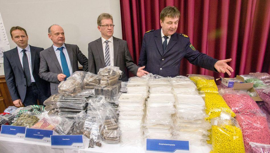 360 Kilogramm Drogen: Leipziger Ermittler präsentieren ihren spektakulären Fund