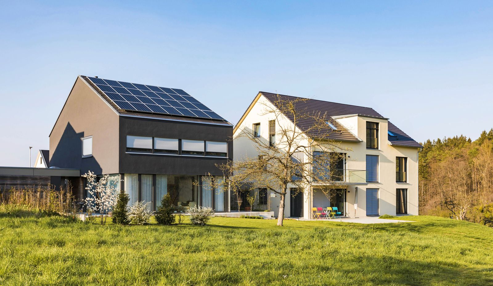 Germany Nuertingen modern one family houses with solar roof PUBLICATIONxINxGERxSUIxAUTxHUNxONLY WD