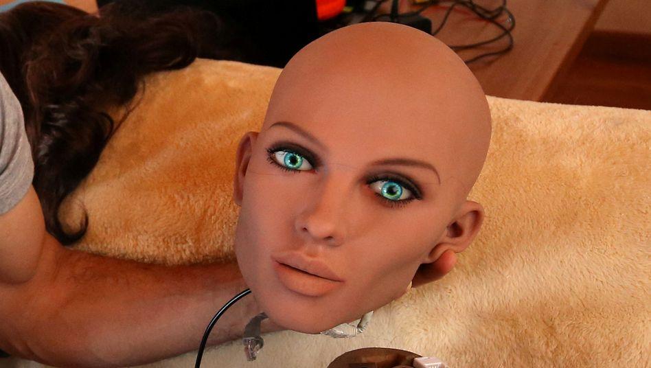 """Sexroboter Samantha: """"Bei ihr ist das Übergehen dieses Neins der Tendenz nach schon angelegt"""""""