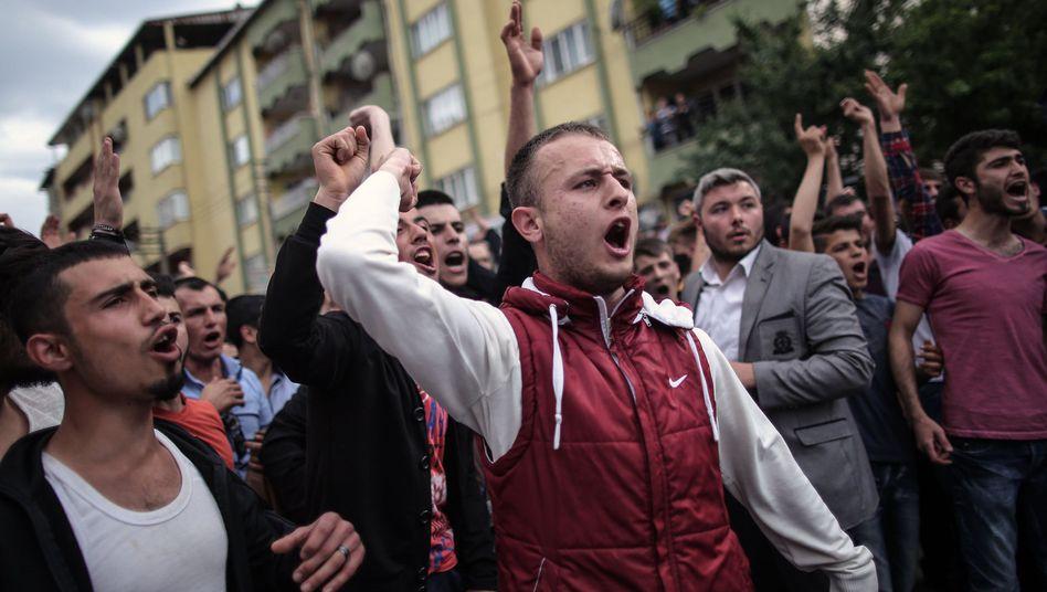 Grubenunglück in Soma: Türkische Gewerkschafter rufen zum landesweiten Streik