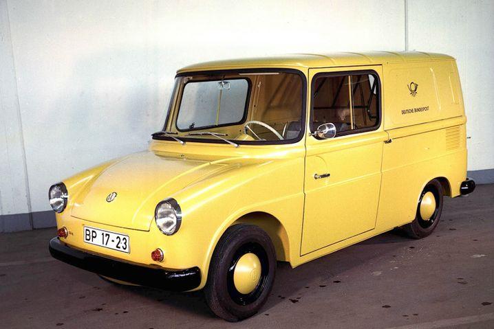 VW Fridolin: Auf sympathische Weise verunglückt wirkt das Design des VW Typ 147, der vor allem für die Bundespost gebaut wurde. Vorgestellt wurde der Wagen während der IAA 1963 im Innenhof der Oberpostdirektion in Frankfurt am Main