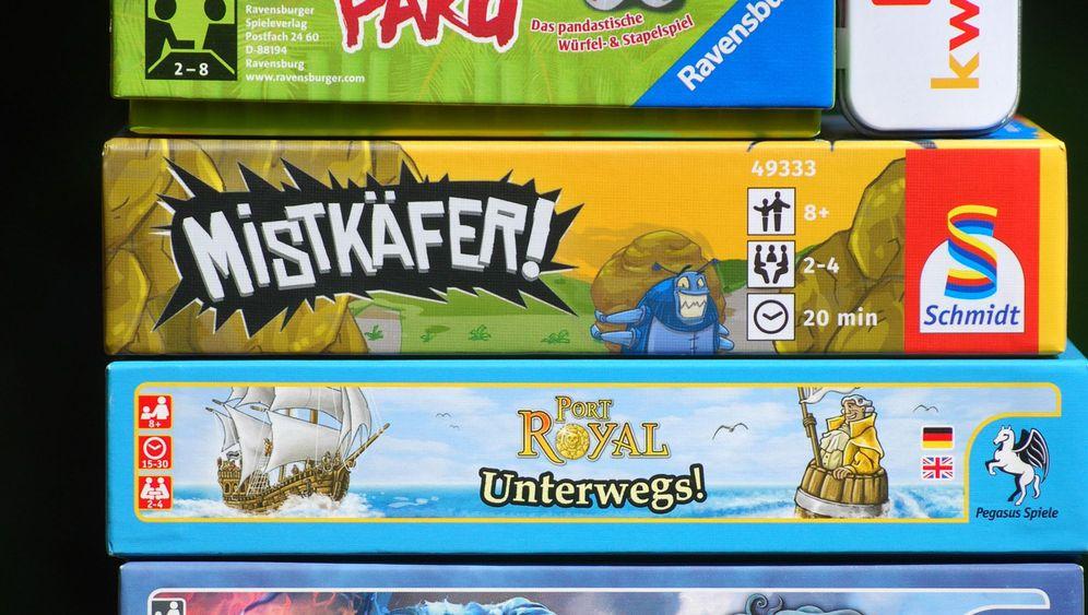 Reisespiele für unterwegs: Kleine Spiele für den Koffer